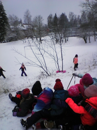 Děti si užily zimu ve školní družině
